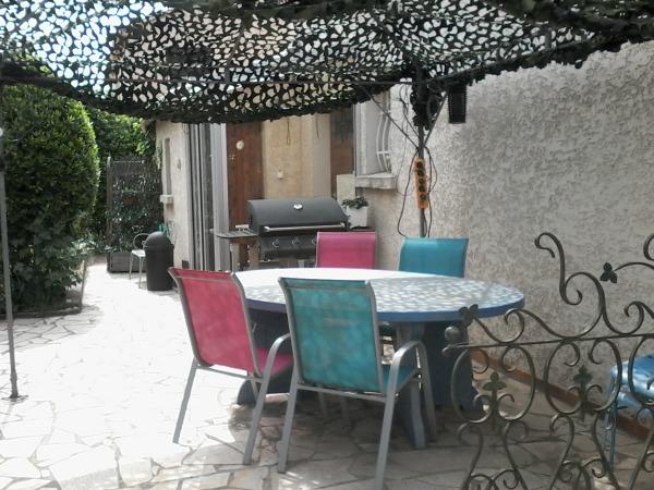 Canalfriends-AGDE-appartement-C2-terrasse