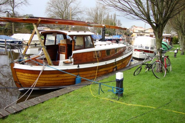 3b-For-sale-Wooden-10m-Baltic-motor-sailor-1969-canalfriends.com