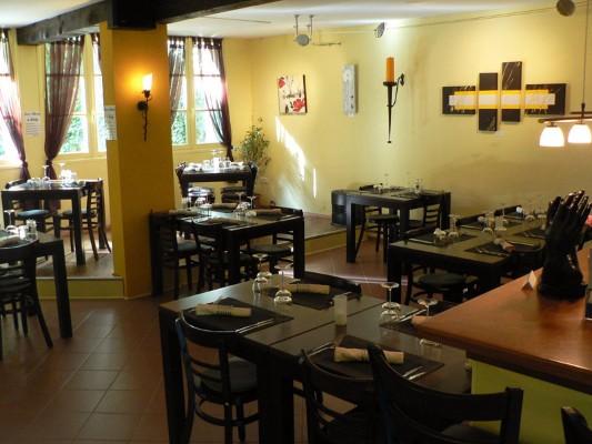 La-Prise-d-Alzeau-restaurant-canalfriends.com