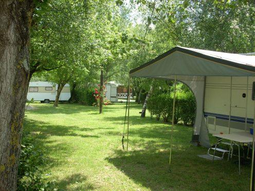 Camping en salvan canalfriends rigole canal du midi