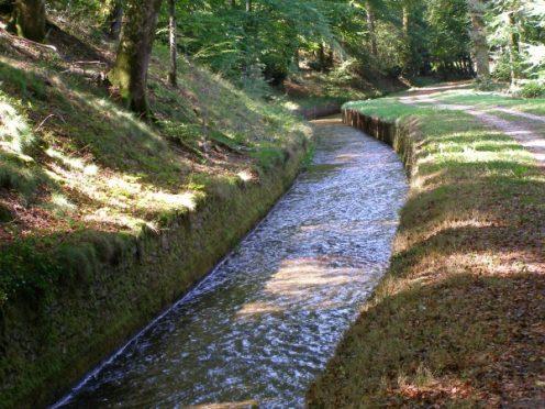 Rigole de la Montagne musee canal du Midi Vauban randonnée pied vélo camping canalfriends