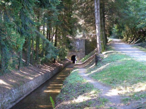 Voûte Vauban les Cammazes rigole de la Montagne musée Canal du Midi randonnée à pied en vélo camping restaurant Canalfriends