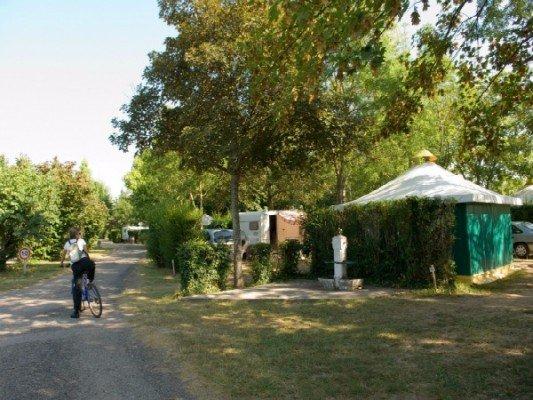 camping-du-bidounet-moissac-accueil-velo-canalfriends-pm