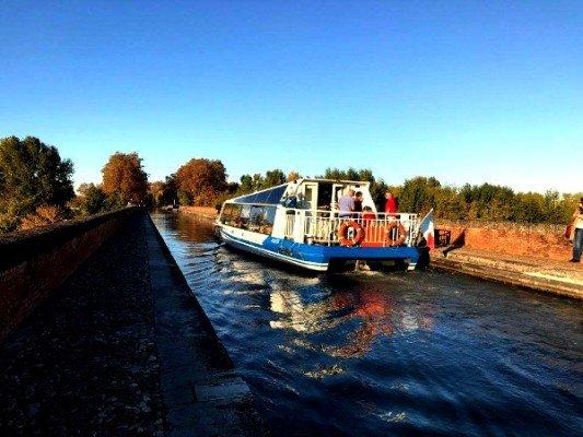 Moissac-en-bateau-pont-cacor-canalfriends-pm