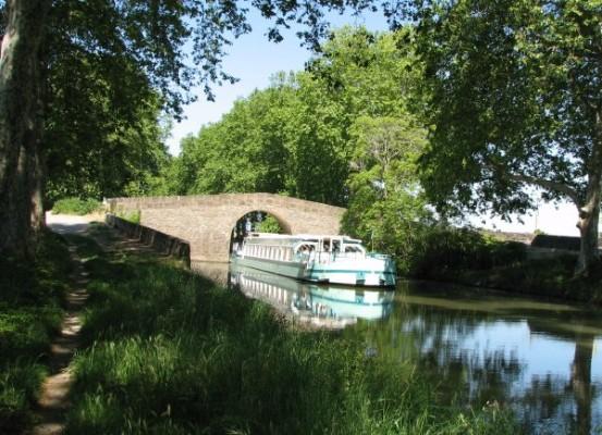Les-Bateaux-du-Soleil_Capitan_Pont-de-Caylus_canalfriends-2