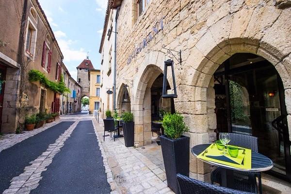restaurant-le-pampaillet-2-canalfriends