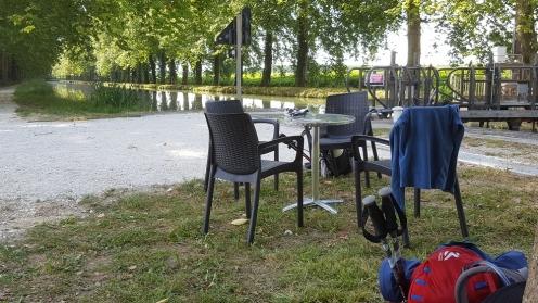 canal de garonne; restaurant; canal des 2 mers