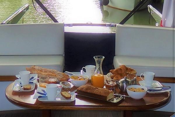 la-bonne-planque-yacht-canalfriends-9
