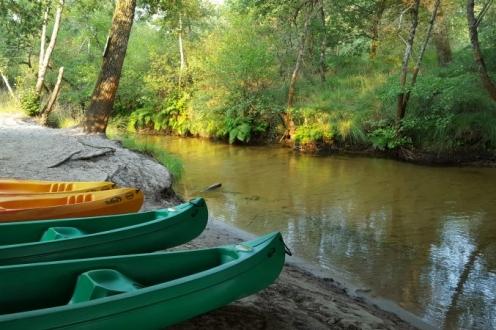 canoe; leyre