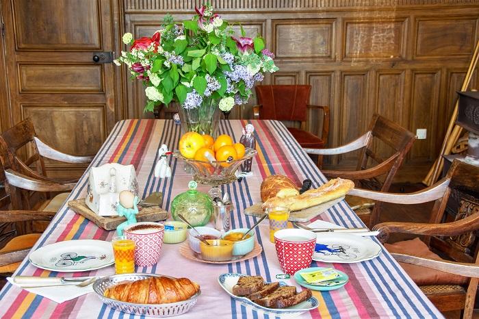 Domaine-du-Meunier-petit-dejeuner-canalfriends