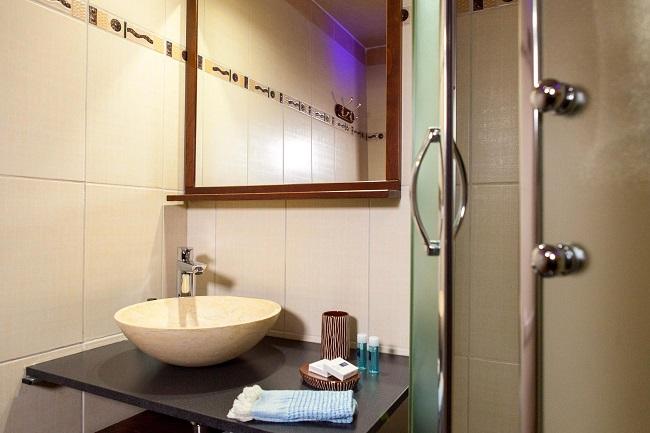 Peniche-Mirage-salle-de-bain-canalfriends
