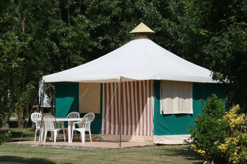 Camping-port-maubert-bungalow-canalfriends