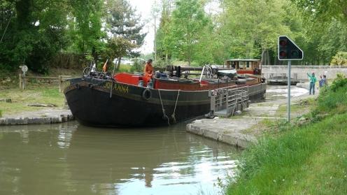 boat; bateau; peniche