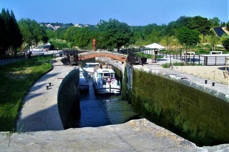 ecluses de fonseranes Beziers Canal du Midi